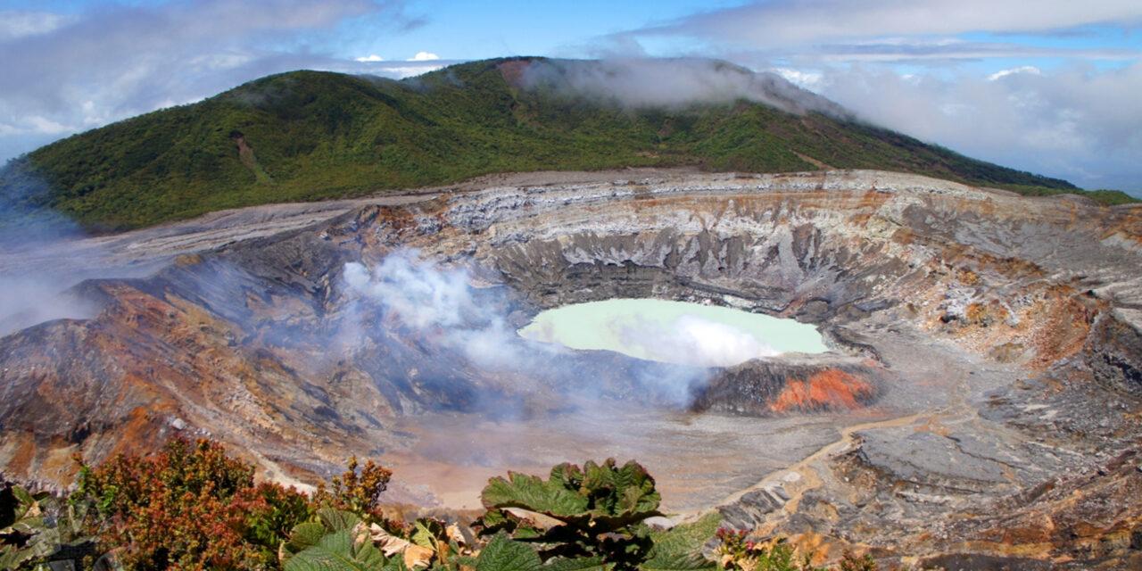 El increíble Parque Nacional Volcán Poás
