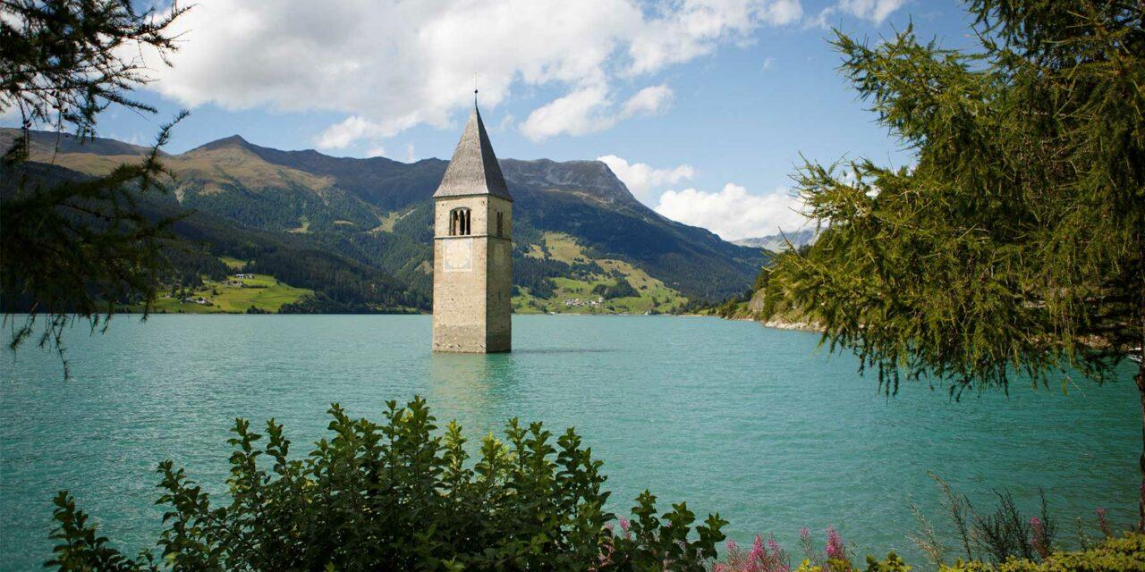 El lago de Reschen y su campanario sumergido