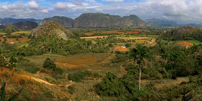 Valle-Viñales
