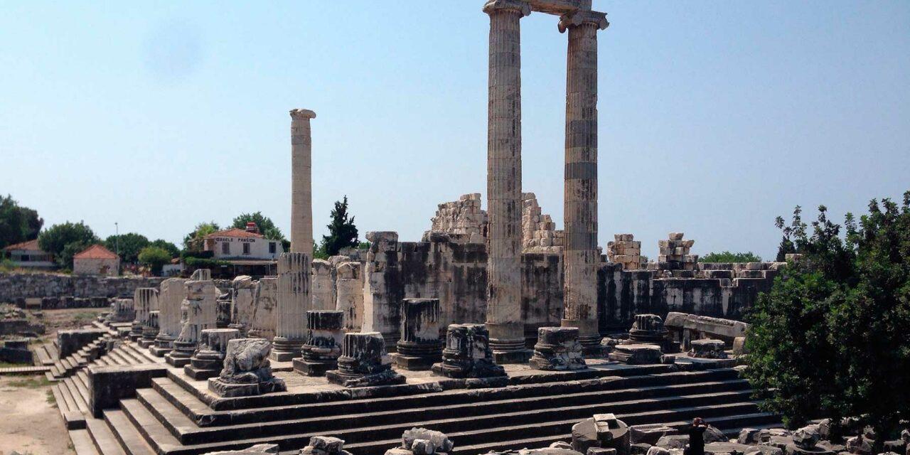 El templo de Apolo en Dídima, un oráculo impresionante