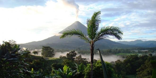 volcano-718277_1280