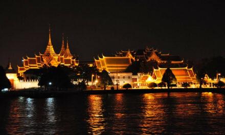 El templo Wat Phra Kaew, tradición en Bangkok