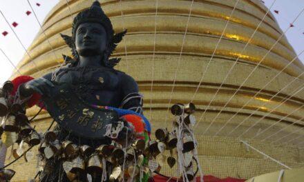 Wat Saket, en la cumbre del Monte Dorado