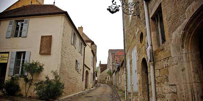 Calle-de-Vezelay