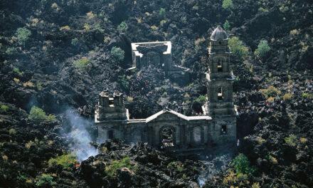 La Iglesia que sobrevivió al volcán Parangaricutiro