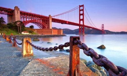 El Puente Golden Gate en la cosmopolita San Francisco