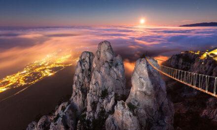 El puente suspendido de Ai-Petri, Ucrania