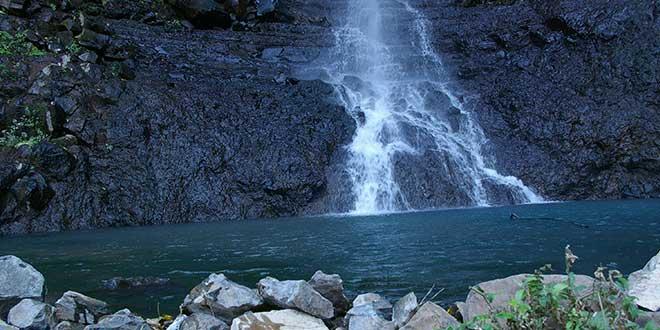 Cascada-Los-Azules