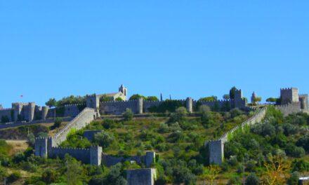 El precioso Castillo Montemor en Portugal