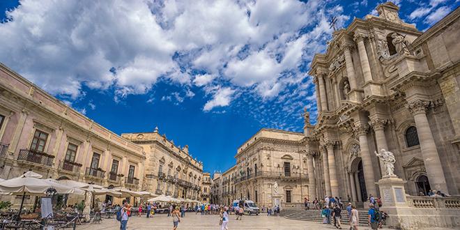Piazza-Duomo-Siracusa