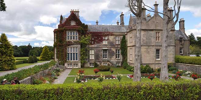 Mansion-Muckross