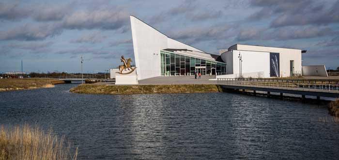 Museos de arte contemporáneo del mundo: ARKEN, Dinamarca