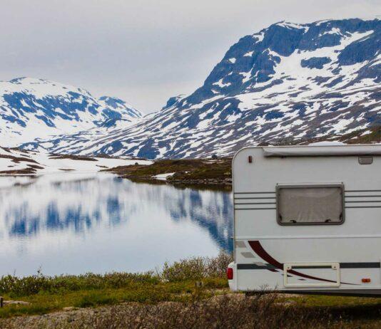Vacaciones blancas con tu caravana, ¿te animas?