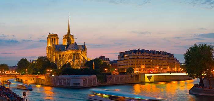 Viaje a París: los mejores planes románticos en la ciudad del amor 4