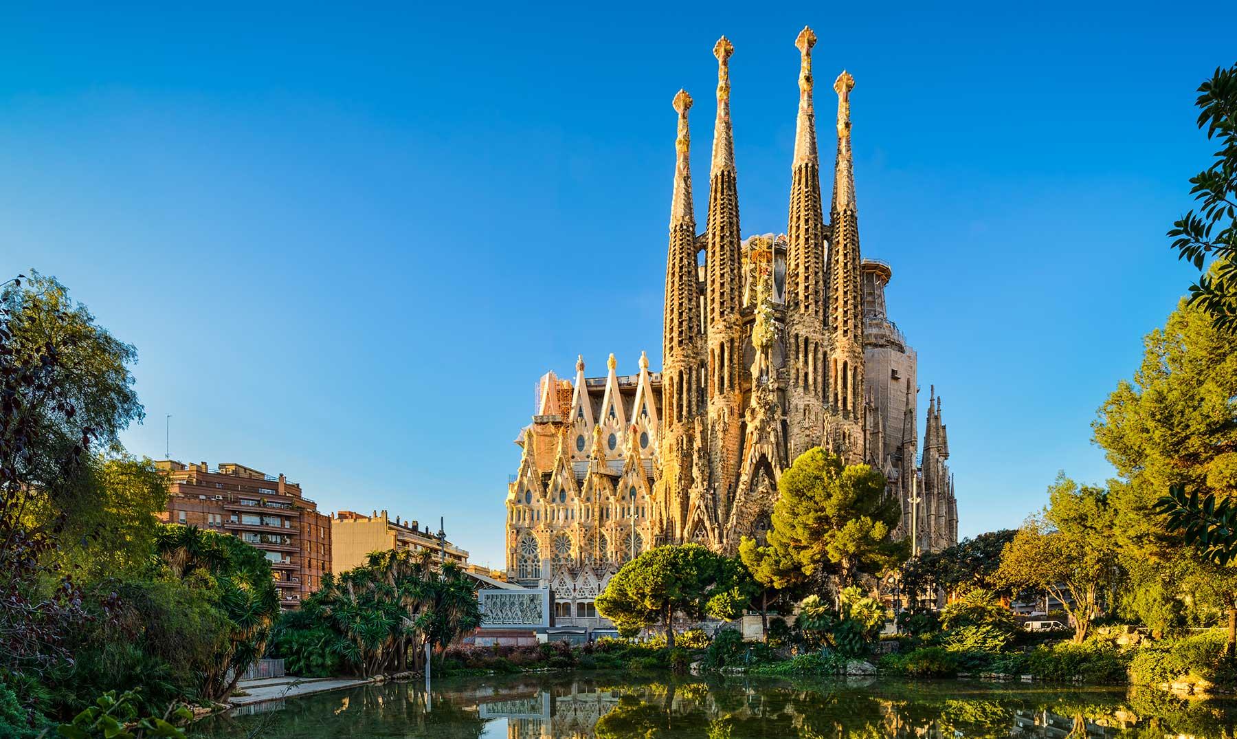Descubre por qu barcelona es la mejor opci n para for Trabajos de verano barcelona