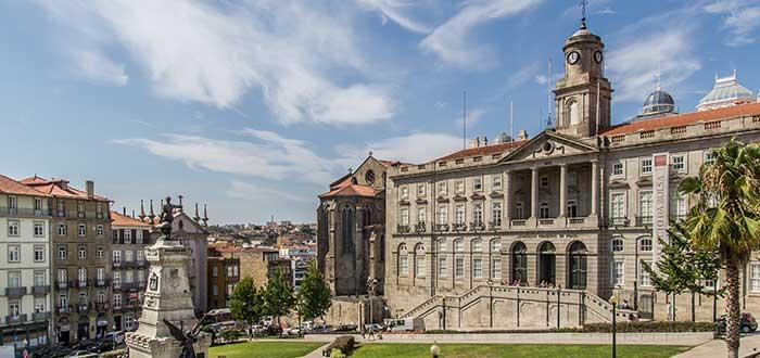 Que ver en Oporto, Palacio de la Bolsa