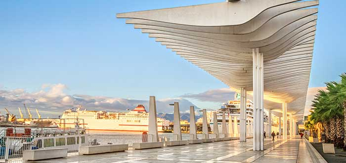 Que ver en Malaga, Muelle Uno