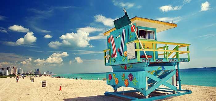 Ahorrar en alojamiento y comida si perderse nada de Miami