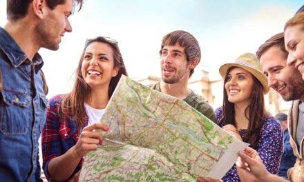 5 Ventajas de viajar en grupo | Más barato, más seguro y más divertido