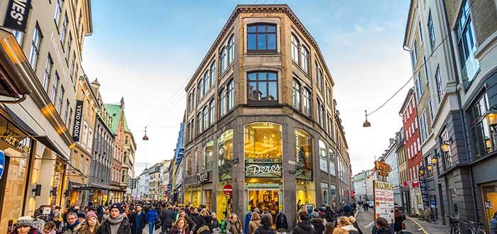 Que ver en Copenhague, Calle Stroget