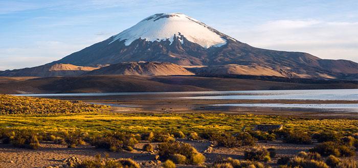 Qué ver en Bolivia: Volcán Parinacota