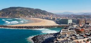 Qué ver en el País Vasco | Playa de la Zurriola