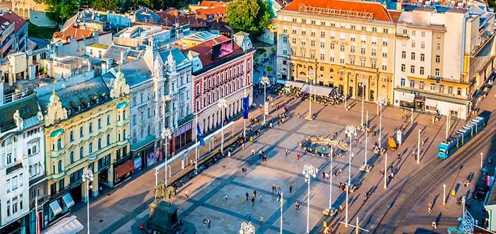 Qué ver en Zagreb | Plaza Ban Jelačić