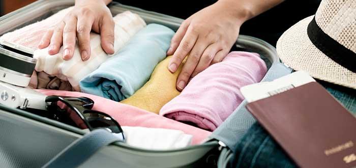 ¿Qué es imprescindible en una maleta de viaje? ¡Descúbrelo!