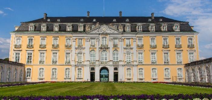 Palacios de Augustusburg y Falkenlust