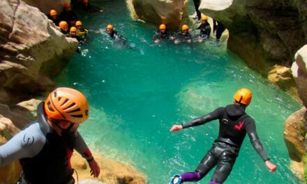 Barranquismo: lleva tus vacaciones al siguiente nivel
