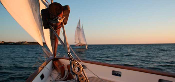 Aprende a navegar a vela y viaja por el mundo 2