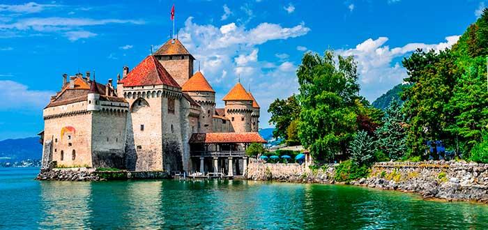 Qué ver en Suiza   Castillo del Chillón