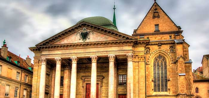 Qué ver en Suiza   Catedral de San Pedro de Ginebra