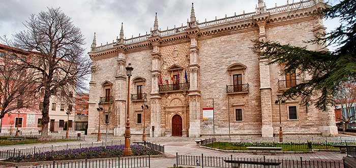 Palacio de la Santa Cruz