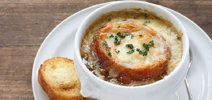 Comida típica de Francia | soupe à l'oignon
