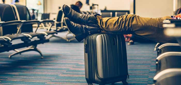 ¿Cómo prepararte para un vuelo largo? 10 Consejos