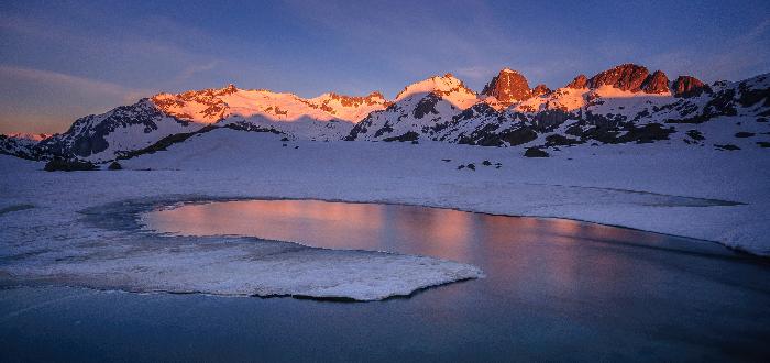 10 Parques Nacionales de España Parque nacional de Aiguas Tortas y Lago de San Mauricio