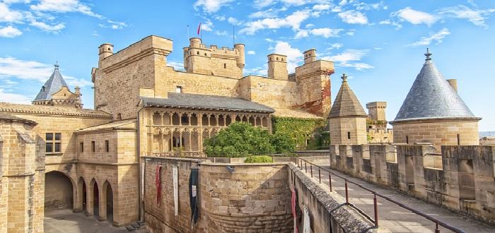 10 Pueblos Medievales de España| Olite (Navarra)