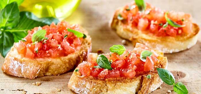 Comida Española. Pan con tomate