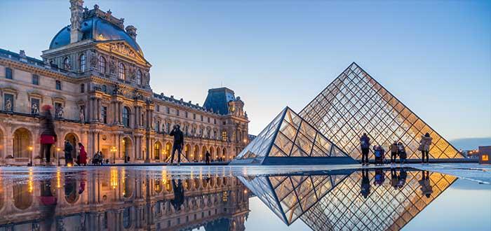 Lugares turísticos de Europa   Museo del Louvre