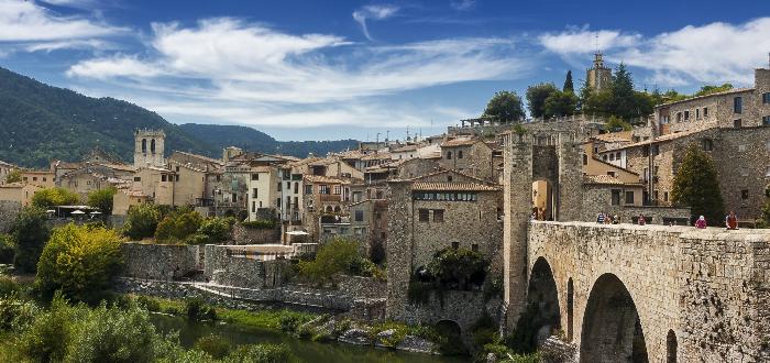 Pueblos de España | Besalú Gerona