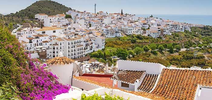 Los 10 Pueblos más bonitos de España | Frigiliana (Málaga)