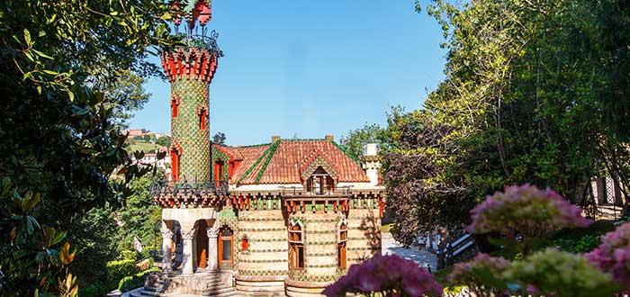 Qué ver en Cantabria   Capricho de Gaudí