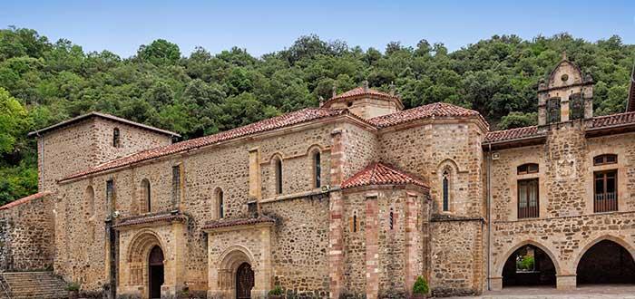 Qué ver en Cantabria   Monasterio de santo Toribio de Liébana