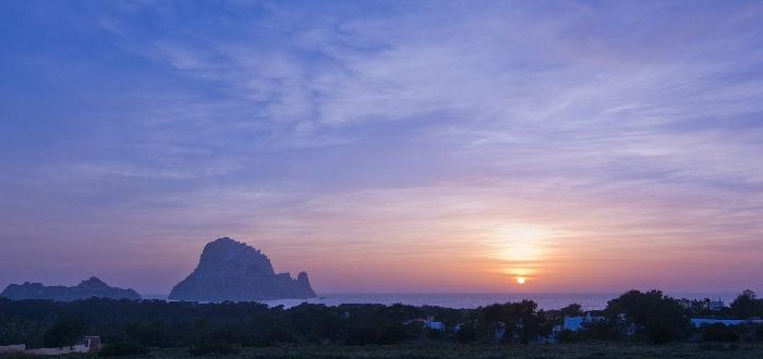 Qué ver en Ibiza   Isla de Es Vedrá