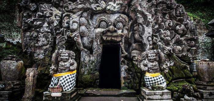 Qué ver en Indonesia | Goa Gajah