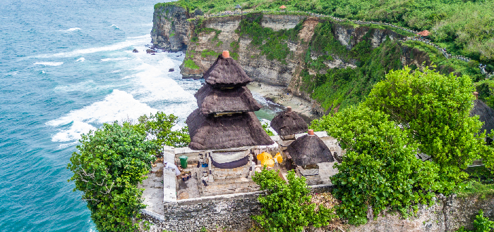 Qué ver en Indonesia | Templo Uluwatu