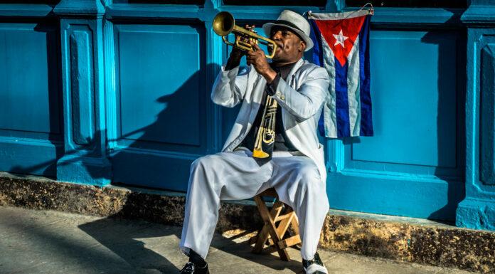 Viajar a Cuba: descubre sus costumbres y tradiciones