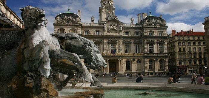 Qué ver en Lyon | fuente Bartholdi