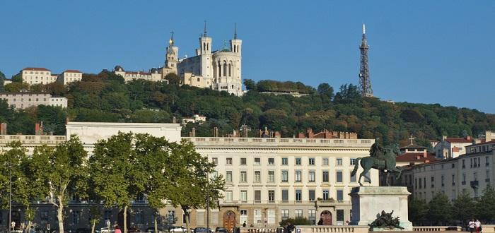 Qué ver en Lyon | Plaza de Bellecour